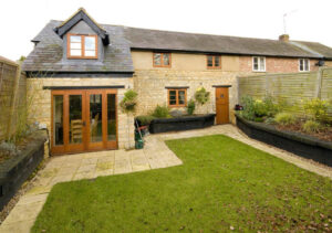 Renovation and extension of cottage: Main Street, Maids Moreton, Buckinghamshire 1
