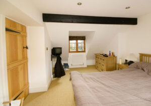 Renovation and extension of cottage: Main Street, Maids Moreton, Buckinghamshire 4