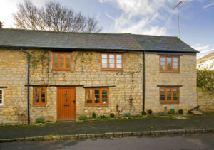 Renovation and extension of cottage: Main Street, Maids Moreton, Buckinghamshire 5